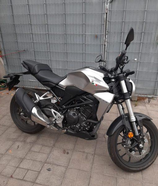 Honda_cb300r_cafe_racer_usada_2019